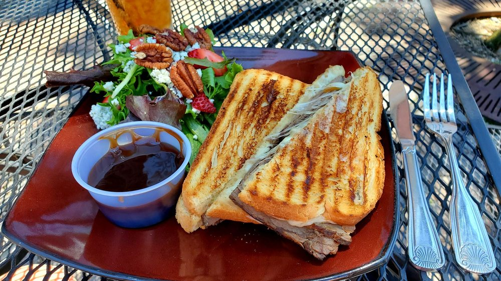 Milltowne Gourmet: 116 N Hill St, Griffin, GA