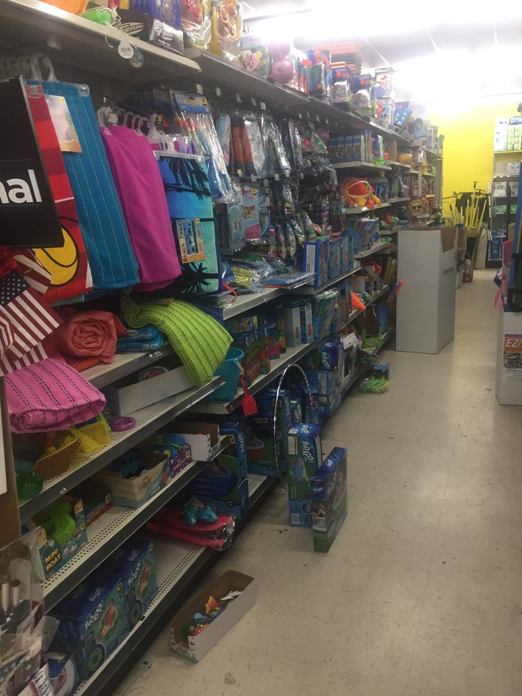 Dollar General Store: 752 W US Highway 79, Franklin, TX