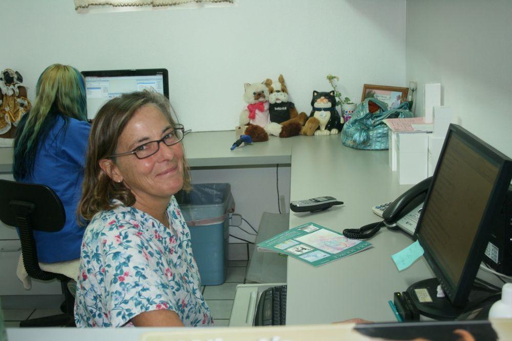 Marana Veterinary Clinic: 13800 N Luckett Rd, Marana, AZ