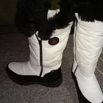 5598689b56e842 DSW Designer Shoe Warehouse - 38 Photos   55 Reviews - Shoe Stores ...