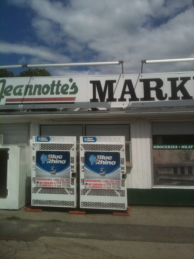 Jeannotte's Market: 2 Courtland St, Nashua, NH