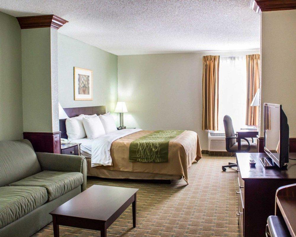 Comfort Inn: 3900 South Memorial Drive, Winterville, NC