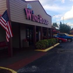 Ker's Winghouse Bar & Grill logo