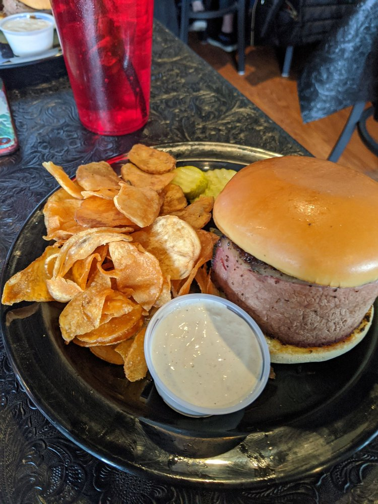 Lil Smoked Bar + Grill: 609 Depot Ave, Dixon, IL