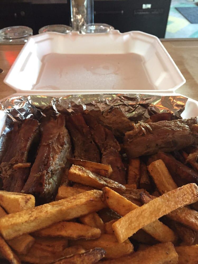 Jackson's Take Out: 6201 Ames Ave, Omaha, NE
