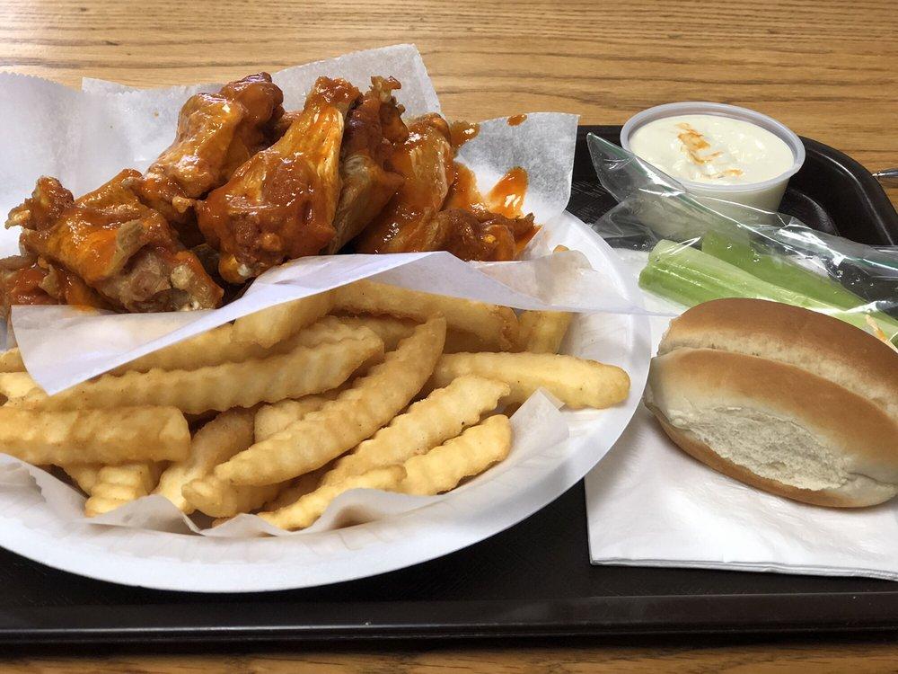Chicken Kitchen: 420 Shrewsbury Plz, Shrewsbury, NJ