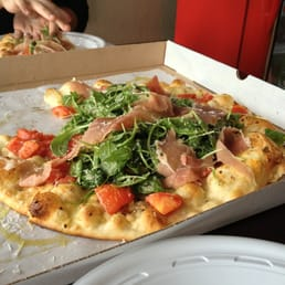 Crust - Cleveland, OH, United States. Great pizza!