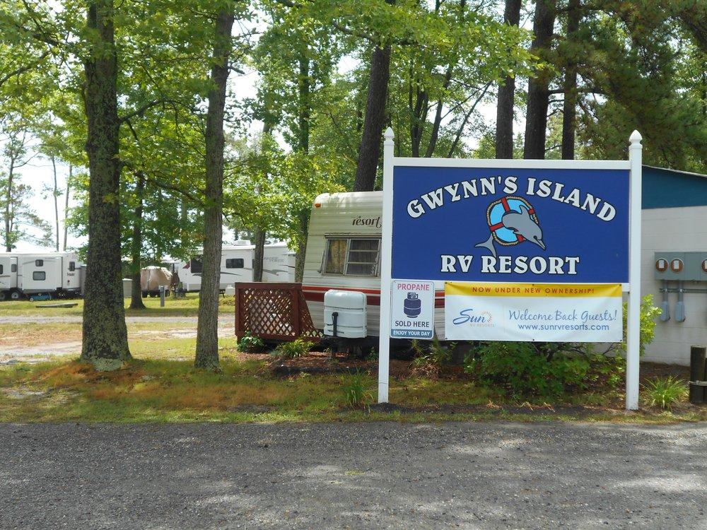 Gwynn's Island RV Resort: 551 Buckschase Rd, Gwynn, VA