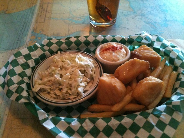 Lunch special 1 4 lb cod 5 cash only yelp for Hawthorne fish house