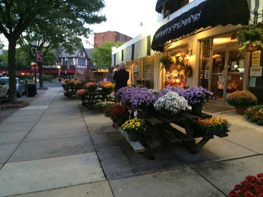 Penny's Flowers: 263 N Keswick Ave, Glenside, PA
