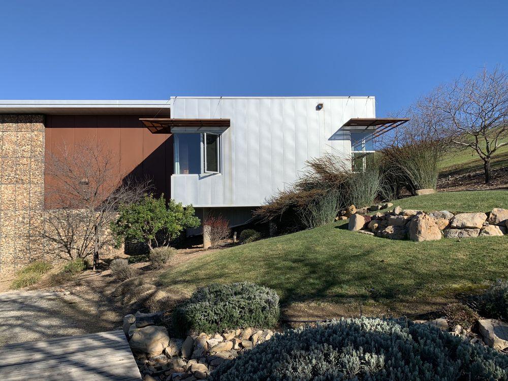 Kukkula Winery: 9515 Chimney Rock Rd, Paso Robles, CA