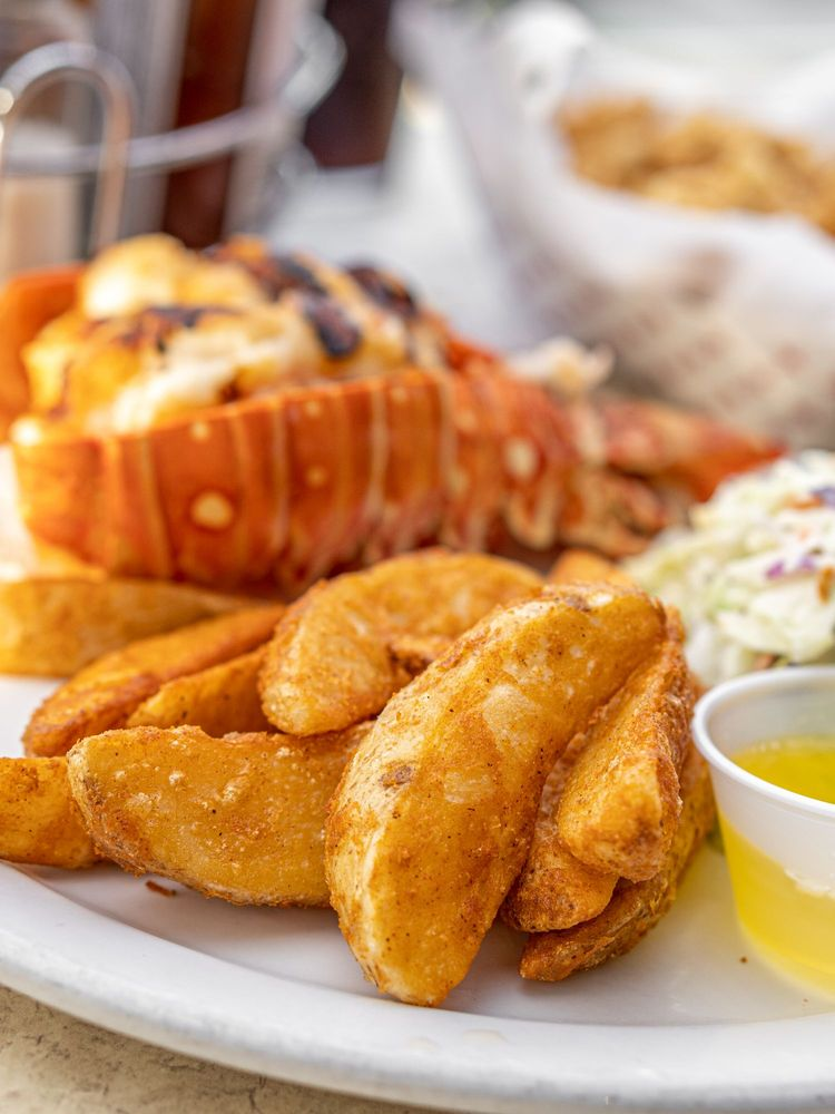 Fisherman's Market & Grill: 78575 Hwy 111, La Quinta, CA
