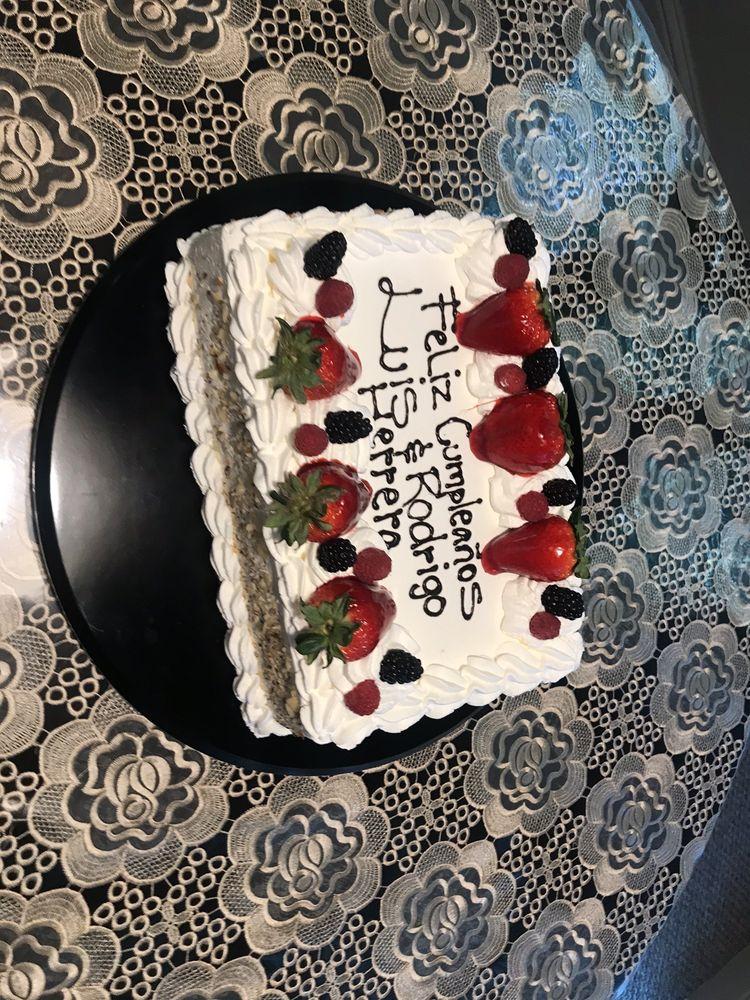 La Princesa Bakery: 911 S Madera Ave, Kerman, CA