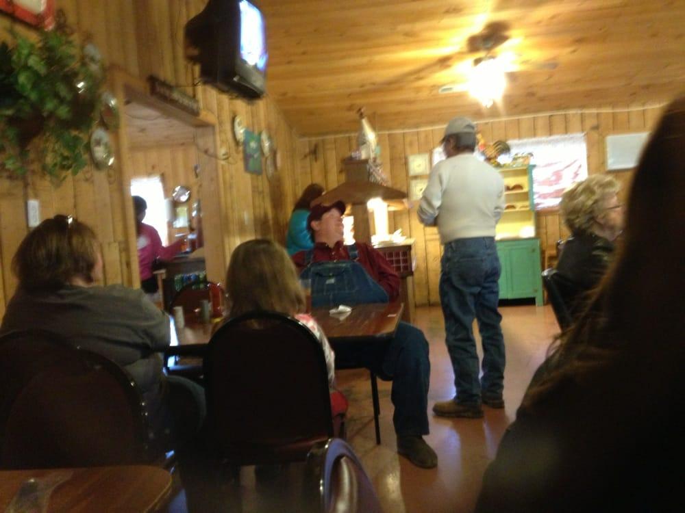 Bama-Q Pit & Grill: 125 Military Trl, Hamilton, AL