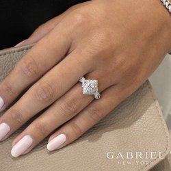 Foto van Fabri Fine Jewelry - Bellevue, WA, Verenigde Staten