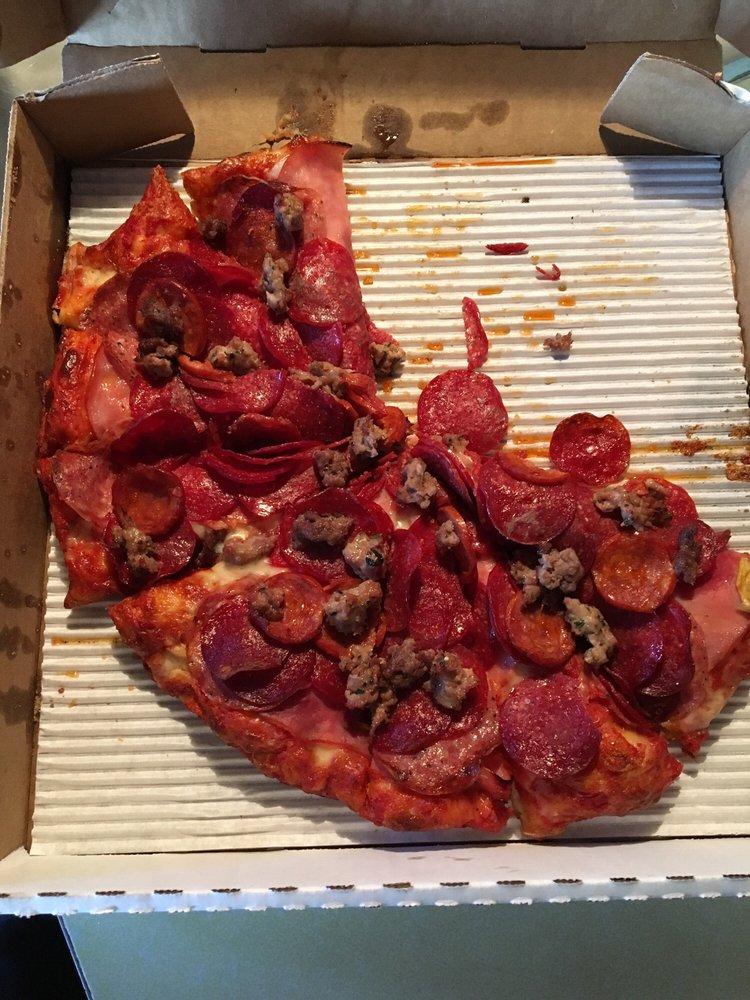 Pogo's Pizza: 9732 State Hwy 281, Kelseyville, CA