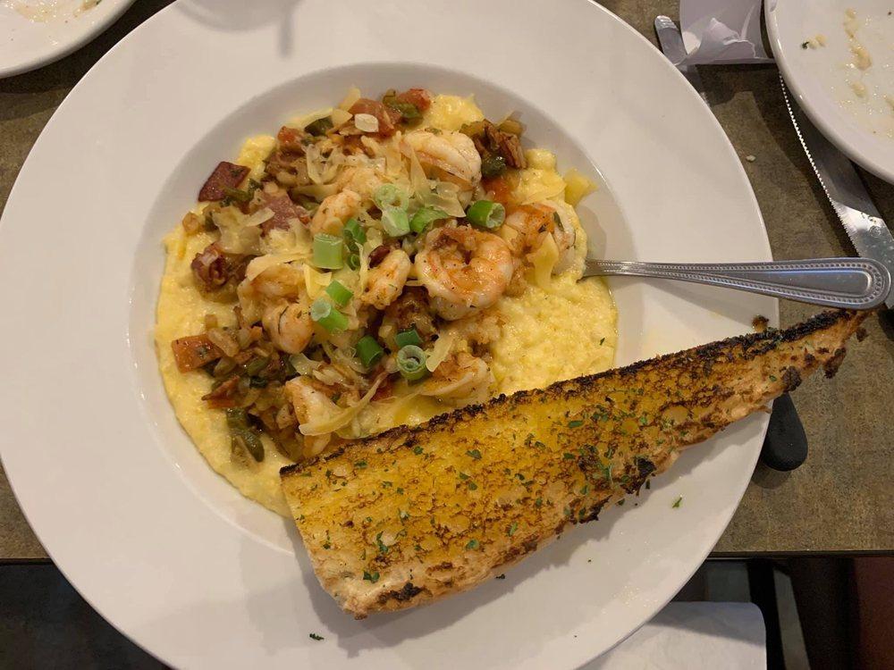 Phil's Marina Cafe: 1194 Harbor Dr, Slidell, LA