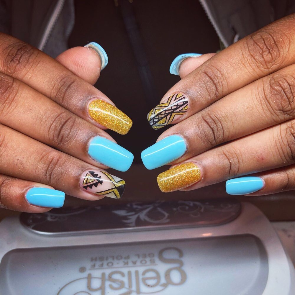 Lovely Nails: 2917 N Vermilion St, Danville, IL