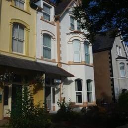 Overton villa pensioni 26 chapel street llandudno - Finestra di overton ...