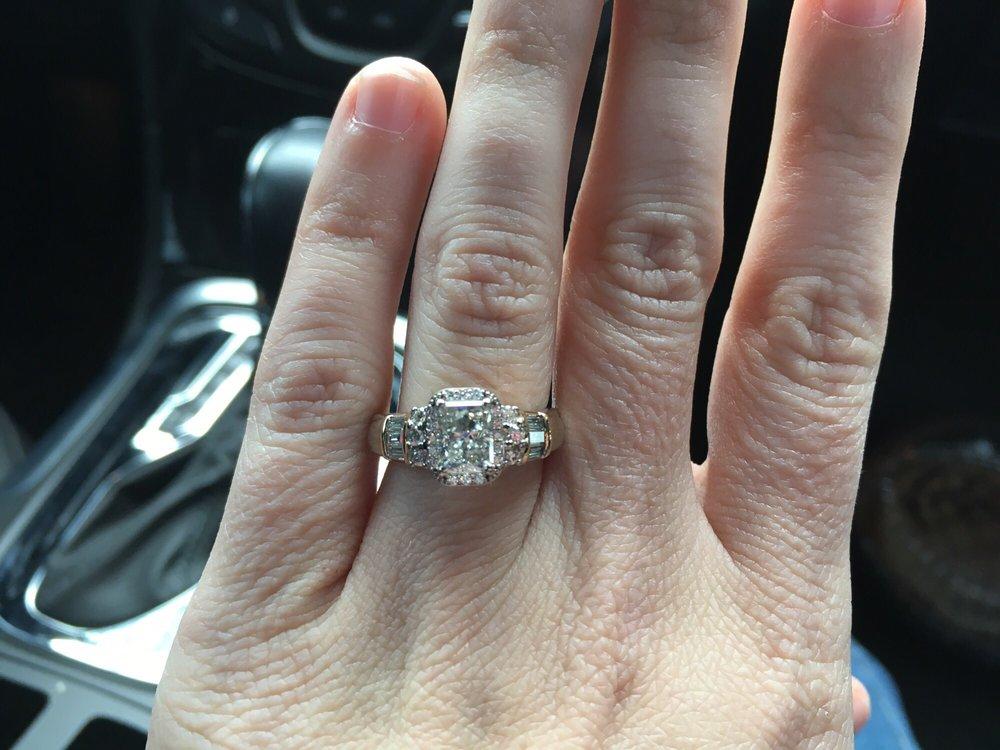 Fuqua's Jewelry: 1022 W Capitol Ave, Little Rock, AR