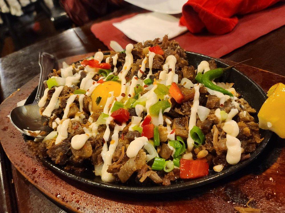 Food from Kusina Pinoy Bistro