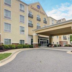 Comfort Suites 25 Photos 19 Reviews Hotels 320 Nash St Hot
