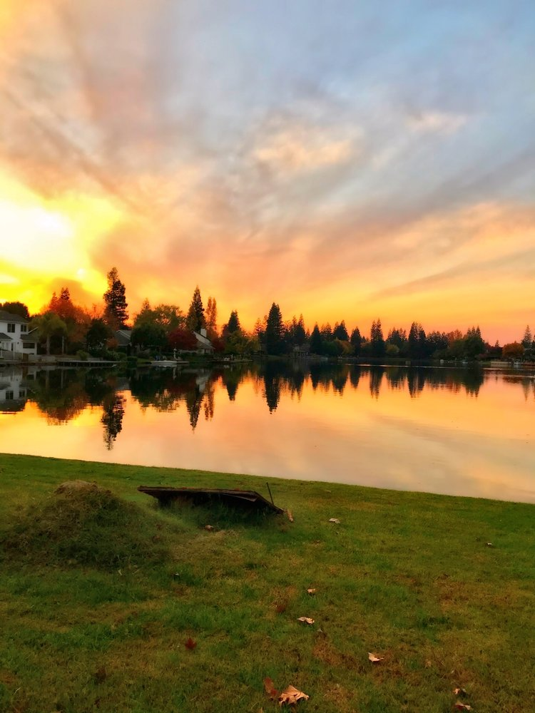 Woodward Lake: Lakeview Dr And Friant Rd, Fresno, CA