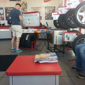 Discount Tire 20 Photos 148 Reviews Tires 209 S Escondido