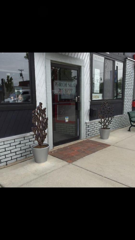 Perruche Salon & Spa: 136 Broadway St, Marine City, MI