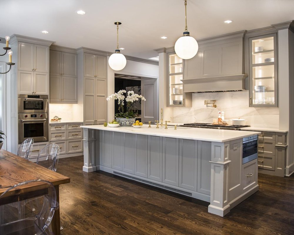 Kitchen cabinets painted in Sherwin-Williams\' \