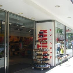 purchase cheap 168f0 281bb Schuhhaus Werdich - 10 Fotos - Schuhe - Weißenburger Str. 17 ...