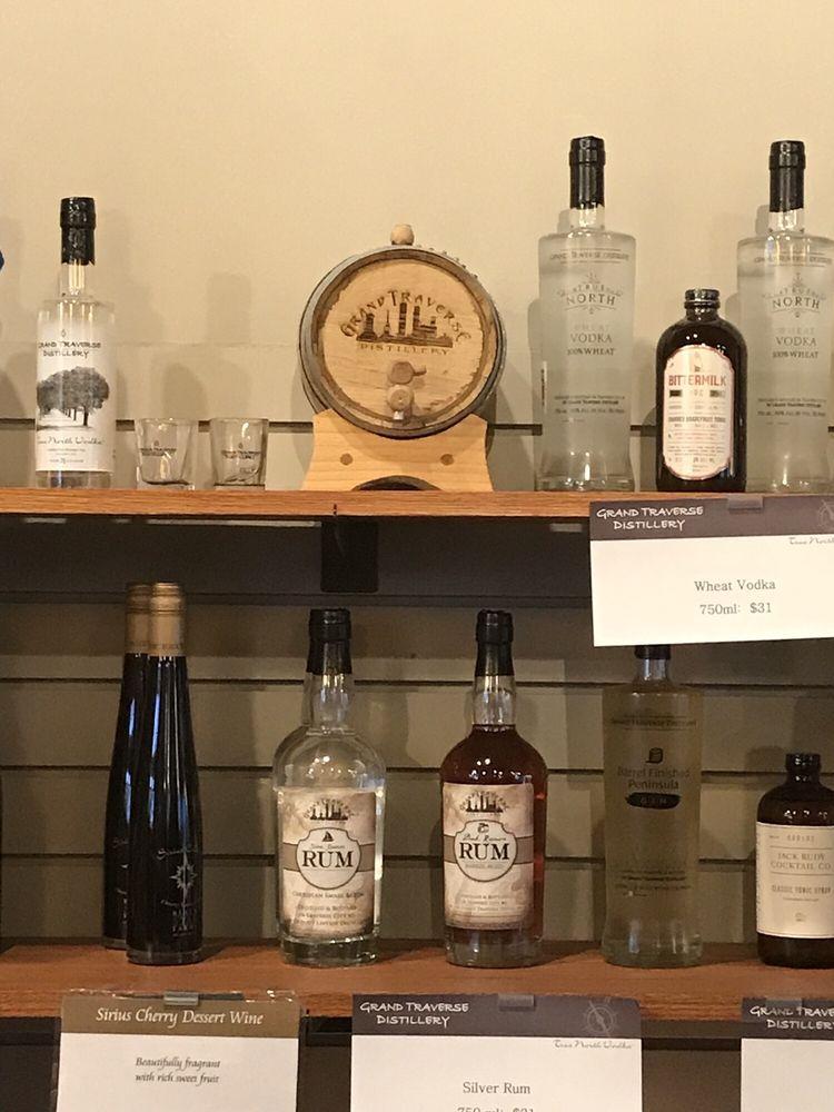 Grand Traverse Distillery: 925 S Main St, Frankenmuth, MI