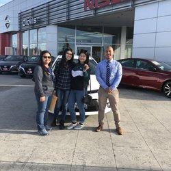 Lithia Nissan Of Clovis 62 Photos 109 Reviews Car Dealers