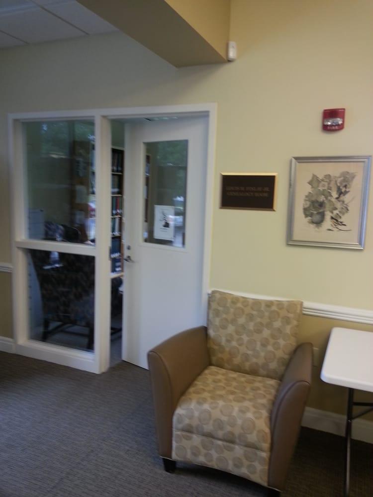 White Smith Memorial Library: 213 College Ave, Jackson, AL