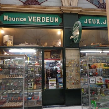 7c46403e3d3c8 Maurice Verdeun - FERMÉ - Magasin de jouets - 36 Passage Galerie ...