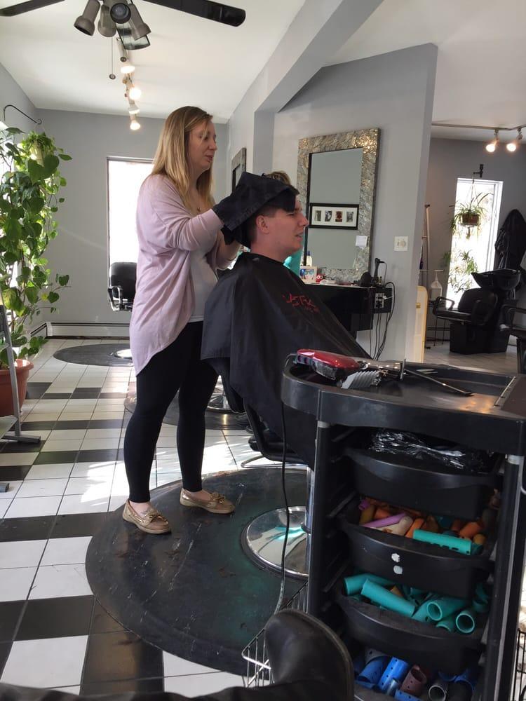 A Cut Above Salon & Spa: 1747 Rte 209, Brodheadsville, PA