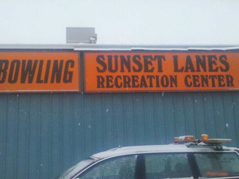 Sunset Lanes: 350 SE 13th St, Ontario, OR
