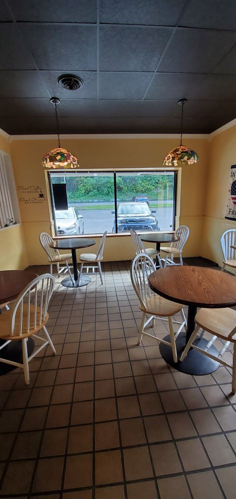 Gingerbread Bake Shop: 3991 Oneida St, Washington Mills, NY