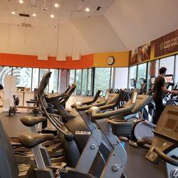 steve nash fitness world coupon