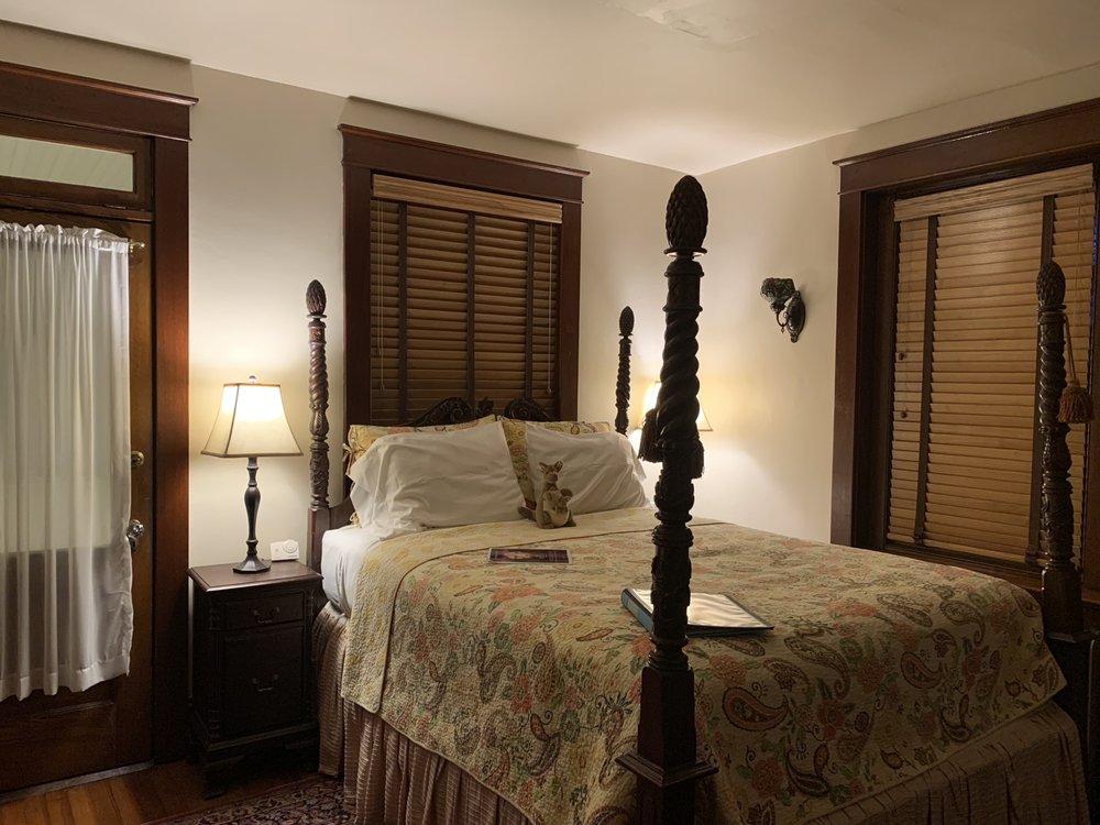 Australian Walkabout Inn Bed & Breakfast: 837 Village Rd, Lancaster, PA