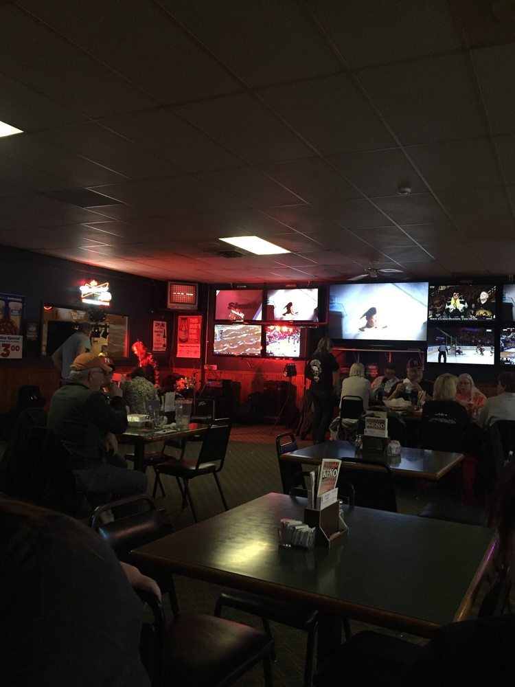 Trackside Bar: 13901 Guildford St, Waverly, NE