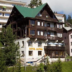 Hotel Alpina Hotels Travel Prätschlistrasse Arosa Graubünden - Alpina hotel switzerland