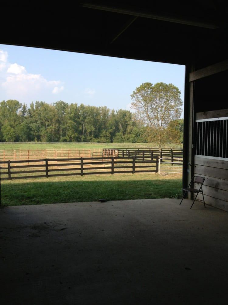 Pathfinder Stables & Sugar-Belle Farms: 2746 Washington Mills Rd, Bellbrook, OH