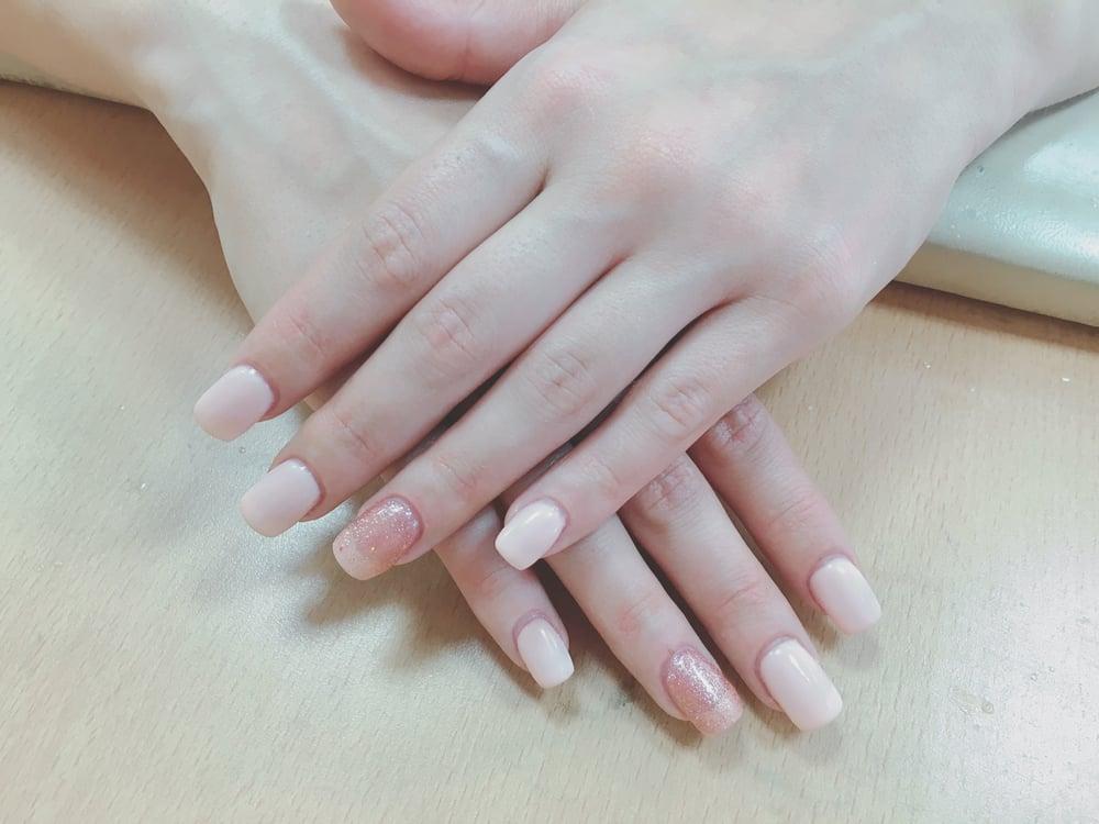 Apple tree nail 11 photos 16 reviews nail salons for Acrylic nail salon nyc