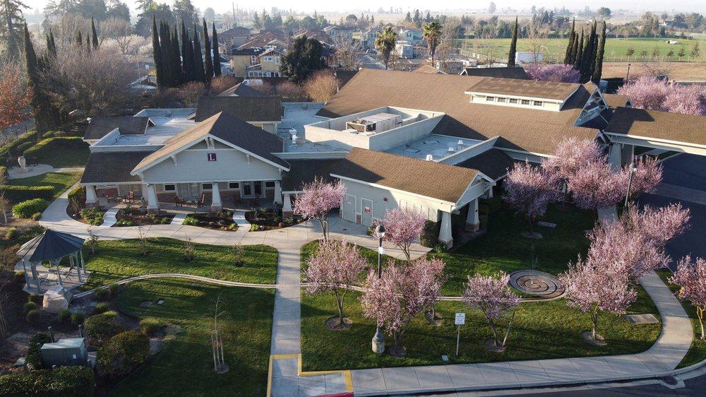 Alexander Cohen Hospice House: 2201 Euclid Ave, Hughson, CA