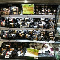 Auchan la defense promotional giveaways