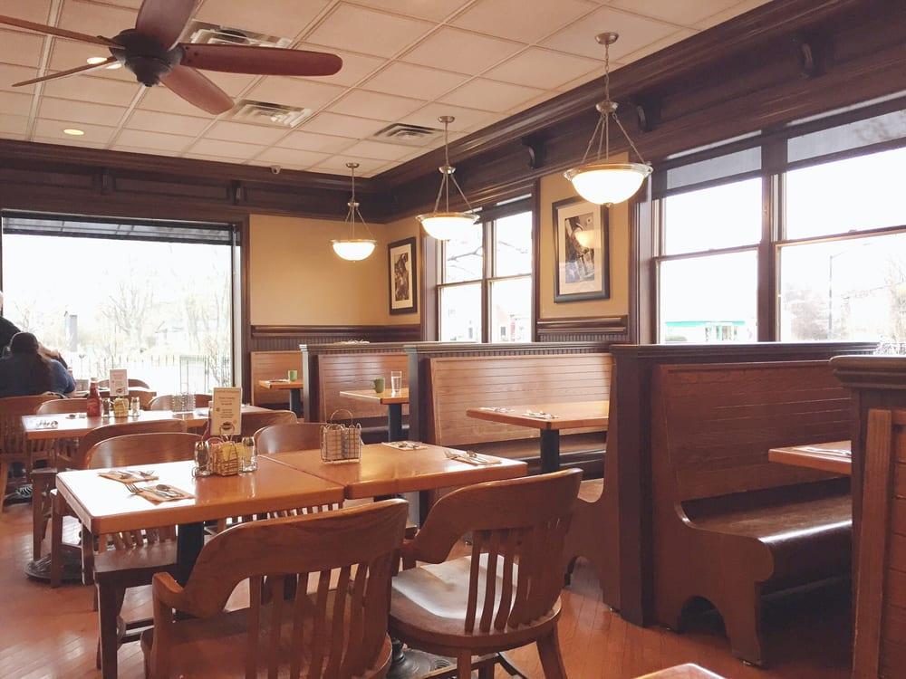 yours truly restaurants 50 photos 52 reviews breakfast brunch 36 s main st hudson oh. Black Bedroom Furniture Sets. Home Design Ideas