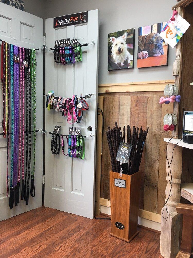 Ruff Cuts Pet Spa: 113 W Main St, Youngsville, NC