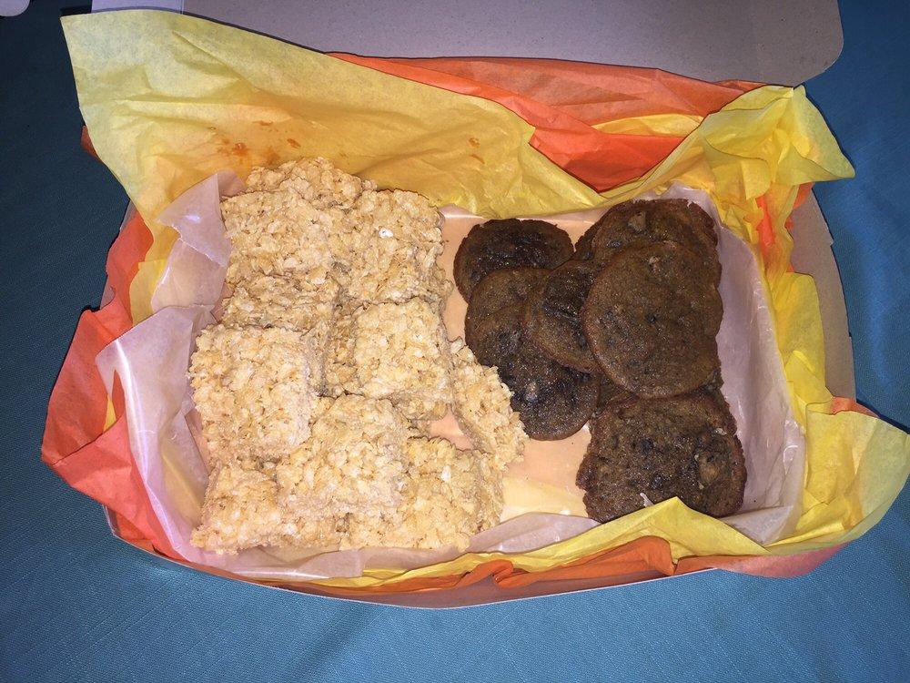 Sweets And Treats By,Kelly: 522 Guinn St, Bullard, TX