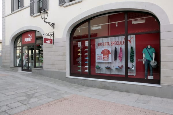 PUMA Outlet Shoe Shops Via Meucci s.n.c., Barberino di